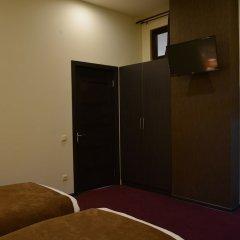Бутик-Отель Tomu's Гюмри сейф в номере