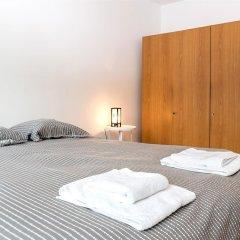 Отель Froissart - 3864 - Brussels - HLD 40574 Брюссель комната для гостей фото 2