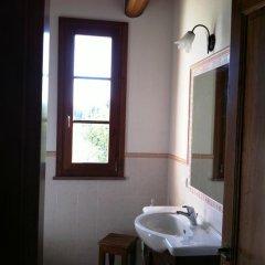 Отель Cottage Canonica Сан-Джиминьяно ванная
