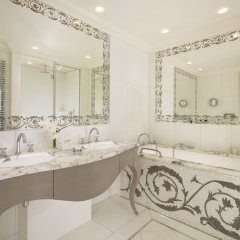 Hotel Plaza Athenee ванная фото 2