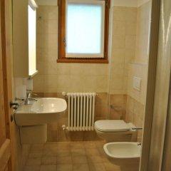 Отель Casa Vacanza La Rocca Киеза-ин-Вальмаленко ванная