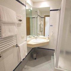 Отель Holiday Inn Express Rome - East ванная фото 2