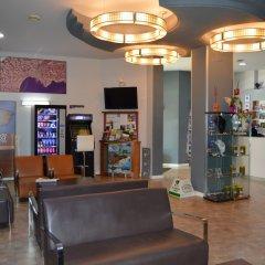 Отель Ciutadella Испания, Курорт Росес - 1 отзыв об отеле, цены и фото номеров - забронировать отель Ciutadella онлайн интерьер отеля