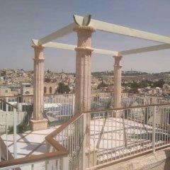 Western Wall Luxury House Израиль, Иерусалим - отзывы, цены и фото номеров - забронировать отель Western Wall Luxury House онлайн балкон