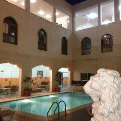 Отель Alanbat Hotel Иордания, Вади-Муса - отзывы, цены и фото номеров - забронировать отель Alanbat Hotel онлайн спортивное сооружение