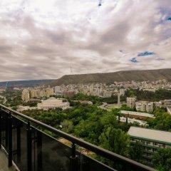 Апартаменты Hosthub - 2BR Super view Apartment Тбилиси балкон