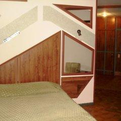 Отель Дом творчества писателей Армения, Цахкадзор - отзывы, цены и фото номеров - забронировать отель Дом творчества писателей онлайн комната для гостей