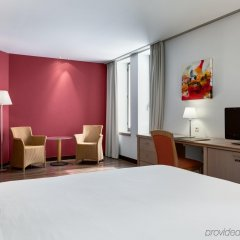 Отель NH Gent Sint Pieters Бельгия, Гент - 1 отзыв об отеле, цены и фото номеров - забронировать отель NH Gent Sint Pieters онлайн комната для гостей фото 4