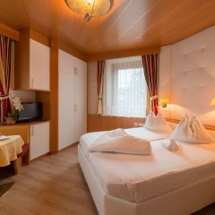 Hotel Garni Gunther Лана комната для гостей фото 3