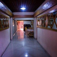 Deke Hotel and Suites Лагос интерьер отеля