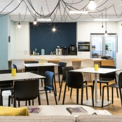 Отель Smartflats Design - L42 питание фото 2