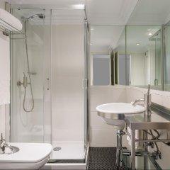 Отель Room Mate Laura Испания, Мадрид - отзывы, цены и фото номеров - забронировать отель Room Mate Laura онлайн ванная