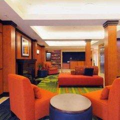 Отель Fairfield Inn & Suites by Marriott Frederick интерьер отеля фото 3