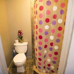Отель Explore Hotel and Hostel США, Юнион Сити - 6 отзывов об отеле, цены и фото номеров - забронировать отель Explore Hotel and Hostel онлайн ванная