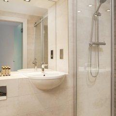 Отель Roomzzz London Stratford ванная