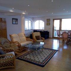 Отель The White Guest House Болгария, Кранево - отзывы, цены и фото номеров - забронировать отель The White Guest House онлайн интерьер отеля