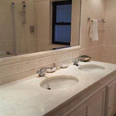 Отель Dunas Douradas Beach Villa by Rentals in Algarve ванная фото 2