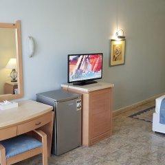Отель Royal Lagoons Aqua Park Resort Families and Couples Only - All Inclusi удобства в номере