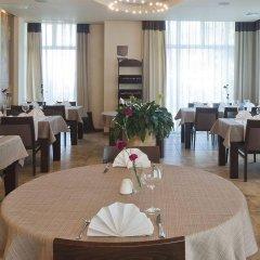 Отель BEST WESTERN Villa Aqua Hotel Польша, Сопот - 2 отзыва об отеле, цены и фото номеров - забронировать отель BEST WESTERN Villa Aqua Hotel онлайн питание фото 2