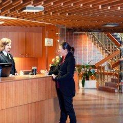 Отель Rantapuisto Финляндия, Хельсинки - - забронировать отель Rantapuisto, цены и фото номеров интерьер отеля