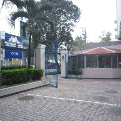 Апартаменты Saigon Court Serviced Apartment Хошимин парковка
