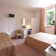 Отель Villa Belvedere Италия, Сан-Джиминьяно - отзывы, цены и фото номеров - забронировать отель Villa Belvedere онлайн комната для гостей фото 5