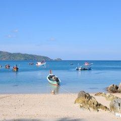 Отель Patong Lodge пляж