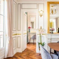 Отель Sunshine 2 bedroom - Luxury at Louvre Париж фото 4