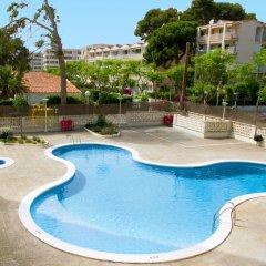 Отель Arquus Park бассейн