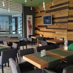 Апартаменты Boomerang Apartments Солнечный берег гостиничный бар