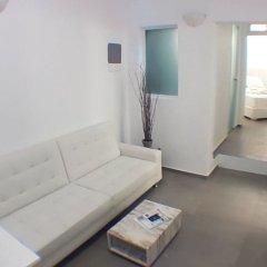 Отель Amoudi Villas комната для гостей фото 2