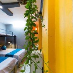 GoCo Hostel бассейн