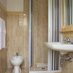 Отель Villa Sardegna Италия, Фьюджи - отзывы, цены и фото номеров - забронировать отель Villa Sardegna онлайн ванная фото 2