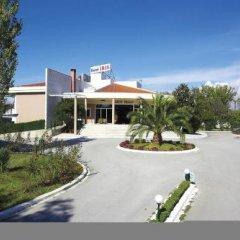 Отель Iris Hotel Греция, Ферми - отзывы, цены и фото номеров - забронировать отель Iris Hotel онлайн парковка