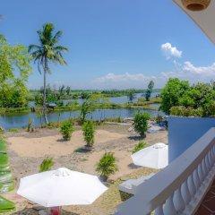Отель The Moon River Homestay & Villa балкон
