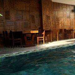 Отель Iamsaigon Homestay 100 Profit For Orphanage бассейн фото 2