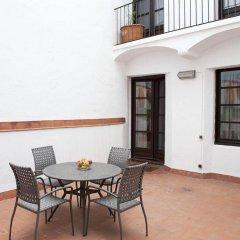 Апартаменты Aspasios Plaza Real Apartments балкон