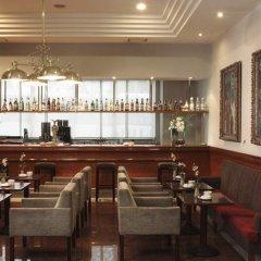 Отель Rafaelhoteles Atocha гостиничный бар