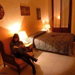Hotel Lombardi комната для гостей