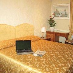 Отель Siviglia Италия, Рим - 1 отзыв об отеле, цены и фото номеров - забронировать отель Siviglia онлайн интерьер отеля фото 3