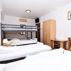 Отель Dukes Hostel - Old Town Польша, Вроцлав - отзывы, цены и фото номеров - забронировать отель Dukes Hostel - Old Town онлайн комната для гостей фото 5