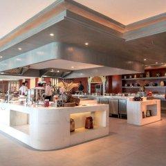 Отель Maikhao Palm Beach Resort гостиничный бар