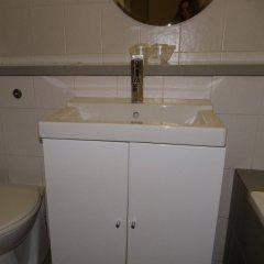Отель Lord Nelson Hotel Великобритания, Ливерпуль - 1 отзыв об отеле, цены и фото номеров - забронировать отель Lord Nelson Hotel онлайн ванная фото 2