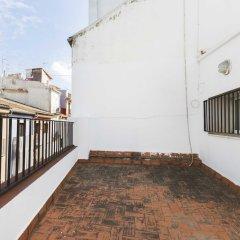 Отель Living Valencia - Bolseria Street балкон