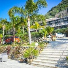 Отель CapoSperone Resort Пальми приотельная территория
