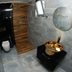 Hotel Kuburi Ксамил ванная