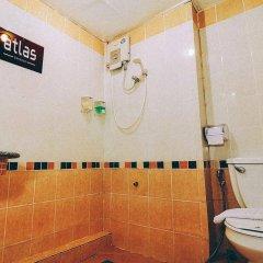 Отель Atlas Bangkok Бангкок ванная фото 2
