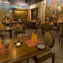 Отель Taj Samudra Hotel Шри-Ланка, Коломбо - отзывы, цены и фото номеров - забронировать отель Taj Samudra Hotel онлайн питание фото 3