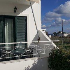 Отель Koukounari Apartments Греция, Агистри - отзывы, цены и фото номеров - забронировать отель Koukounari Apartments онлайн балкон