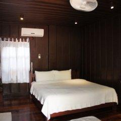 Отель Villa Lao Wooden House комната для гостей фото 3